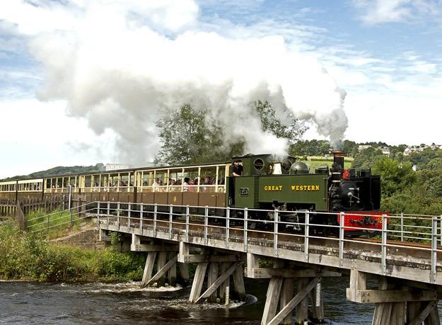 All aboard for Devil's Bridge